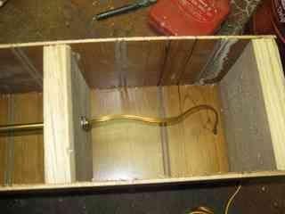 Лампа из деревянных кружочков