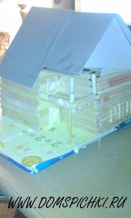 Дом из палочек для мороженного