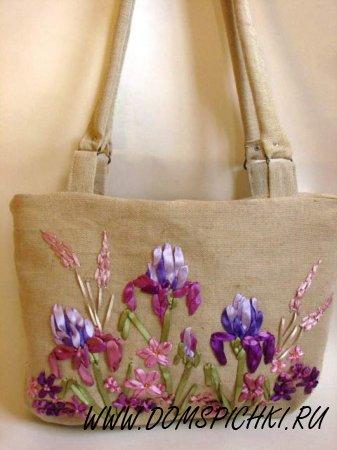 Вышивка лентами на льняной сумке
