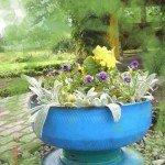 Садовый вазон из автомобильного колеса
