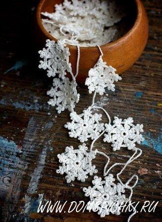 Новогодние украшения – вязаные снежинки