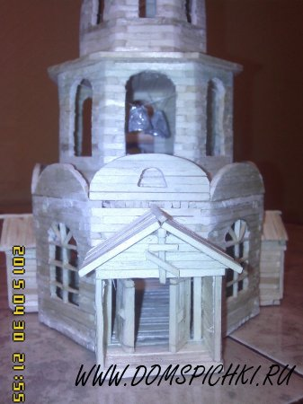 Церковь из соломки